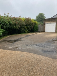 resin-driveway-cleaning